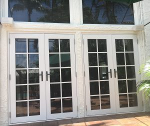 impact-windows-and-doors- back-house-Hollywood-proyect